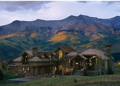 Heaven on earth...not so much the house as the location! Mountains and beautiful scenery!