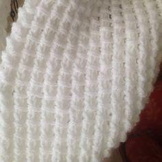 image Knit Cowl, Knit Crochet, Crochet Projects, Knitting, Ainsi, Image, Dots, Tejidos, Knit Baby Sweaters
