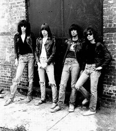 Google Image Result for http://ffw.com.br/noticias/files/2012/04/ramones-bob-gruen.jpg