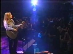 MY all time favorite Melissa song! <3<3<3   Melissa Etheridge - Yes I Am (MTV Unplugged)