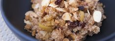 Looking for a healthy quinoa recipe or wondering what's the best way to cook quinoa? Here are my favorite fabulously easy and healthy vegetarian and vegan whole grain quinoa recipes. Recettes Martha Stewart, Martha Stewart Recipes, Quinoa Breakfast, Breakfast Ideas, Breakfast Recipes, Blueberry Breakfast, Breakfast Cookies, Breakfast Bake, Free Breakfast