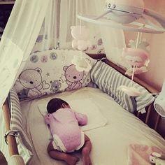 """Modo ranita: ON"" :D  #bebe #baby #mama #maternidad #bebenube #bebeabordo #canastilla #love #life"