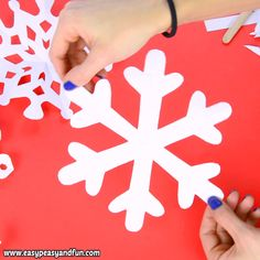it's time to learn how to make paper snowflakes , as these are the best DIY winter decoration, and with our 20 printable templates – a super easy one to make. time How To Make Paper Snowflakes – pattern templates Diy Christmas Snowflakes, Handmade Christmas Decorations, Christmas Crafts For Kids, Holiday Crafts, Christmas Diy, Christmas Activities, Snowflake Decorations, Winter Decorations, Christmas Fireplace