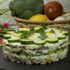 Salata cu gust nemaipomenit, care vă va face să descoperiți o doză bună de sățietate și să nu fie nevoie să fie combinată cu altceva. Gurmanzii adevărați vor putea combina salata cu o felie de