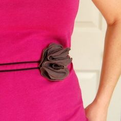 Make an elastic belt or wristlet.