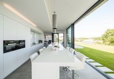 Hasa Architecten: house V in H - Luxery Houses Interior Design Images, White Interior Design, Interior Styling, Luxury Kitchen Design, Modern House Design, Interior Design Kitchen, Minimalist Architecture, Interior Architecture, Modern Minimalist Bedroom