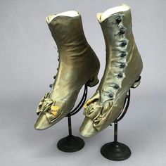 Shoe Boots, Ankle Boots, Victorian Shoes, Shoe Clips, Vintage Boots, Green Shoes, 2 Inch Heels, Lace Ruffle, Vintage Fashion