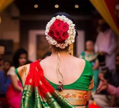 Hairstyle on Saree for Engagement Saree Hairstyles, Indian Bridal Hairstyles, Engagement Hairstyles, Latest Haircuts, Simple Sarees, Stylish Hair, Engagement Pictures, Ready To Wear, Long Hair Styles