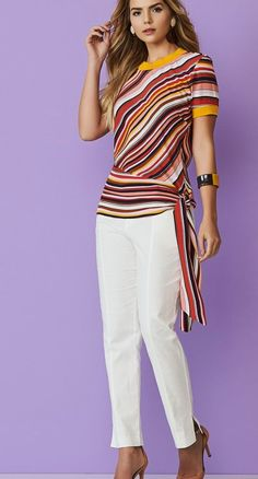 Pantalón Casual Dresses, Casual Outfits, Fashion Dresses, Blouse Styles, Blouse Designs, Size 10 Fashion, Blog Couture, Striped Fabrics, Western Outfits