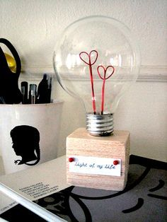 Perfect Christmas Gifts for Boyfriend DIY Project Valentine Lightbulb. A romantic way to give a gift to your Mr.Right with this DIY heart lightbulb. Diy Valentines Gifts For Him, Christmas Gifts For Boyfriend, Homemade Valentines, Perfect Christmas Gifts, Boyfriend Gifts, Handmade Gifts For Boyfriend, Handmade Gifts For Him, Christmas Diy, Saint Valentin Diy