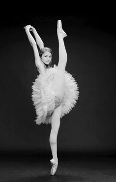 Elena Lobsanova of the National Ballet of Canada. Just 20 years old this ballerina shows sass and promise! One day I will see this company perform! Ballerinas, Ballet Dancers, Shall We Dance, Lets Dance, Tutu, Dance Magazine, Dance It Out, Dance Like No One Is Watching, Dance Movement