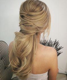 Lavander dreams #hairstylist #hairstyle #blonde #ponytail #weddinghair #weddinginspiration #bridalhair #stunninghair #messyhairdontcare #lovelyhair #updo #hairdo #hairupdo