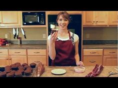How to fill, frost and decorate a cupcake in just a few seconds