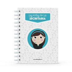 Cuaderno - Las notas de la secretaria, encuentra este producto en nuestra tienda online y personalízalo con un nombre. Office Supplies, Notebook, Secretary, Notebooks, Report Cards, Store, The Notebook, Exercise Book