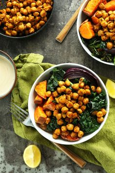 AMAZING Sweet Potato Chickpea Buddha Bowl with Kale, Red Onion and a STUNNING Tahini-maple sauce! #vegan #glutenfree