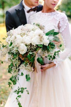 Say YES in Austria Eckartsau | Luxury Destination Wedding Planner Europe Wedding Flowers, Bouquet Wedding, Destination Wedding Planner, Beautiful Bride, Austria, Headpiece, Wedding Styles, Europe, White Bridal