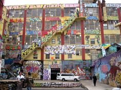 5Pointz, Queens Graffiti Warehouse, to Be Bulldozed to Build High-Rises - Runnin' Scared