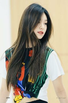 Kpop Girl Groups, Korean Girl Groups, Kpop Girls, Korean Fashion Kpop, Korean Airport Fashion, Airport Style, New Girl, Fashion 2020, Entertainment