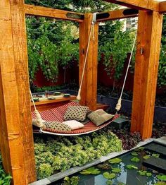 I want this, plants, fencing, everything!