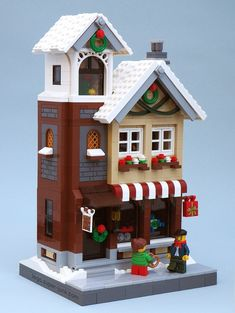 4 years of Lego Winter Village Displays – Melissa's Lego 4 Jahre Lego Winter Village Displays – Melissas Lego Village Lego, Lego Christmas Village, Lego Winter Village, Noel Christmas, Lego 4, Lego Modular, Lego Design, Lego Gingerbread House, Casa Lego