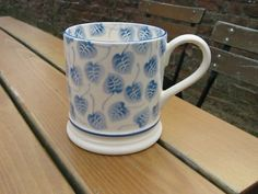 Collectors Day 2011 - Blue Leaves 1 Pint Mug (Special)