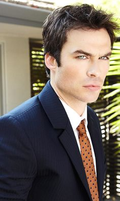 Ian Somerhalder-I DONT UNDERSTAND WHY THEY WONT HIRE HIM TO BE CHRISTAIN GREY!!!
