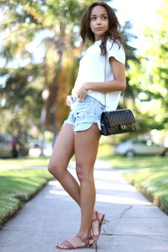 "Ashley Madekwe of ""Revenge."" Her blog, Ring My Bell is great as well."