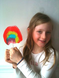 candy-aisle-crafts-rainbow-lollipop