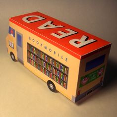 papercraft bookmobile!!