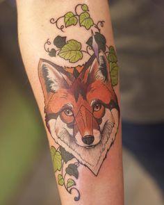 "159 Likes, 10 Comments - Liana Joy (@liana_joy) on Instagram: ""Red fox and ivy tattoo from last week 🍃 #redfox #redfoxtattoo #foxtattoo #ivytattoo #lianajoy…"""