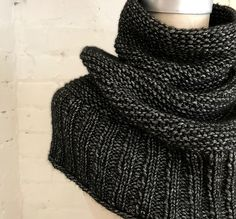 Free knitting pattern - Getting Warmer pattern by Espace Tricot