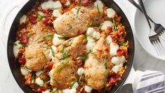 One-and-done dinners are where it's at in the summertime, and this one is particularly well suited to the season. Featuring all the flavors of a caprese salad—including tomatoes, mozzarella and fresh basil—but on a hearty bed of orzo and chicken breasts, this meal will fill up the whole family. And perhaps best of all, it's an easy way to make a weeknight dinner extra special in under an hour! Chicken Orzo, Caprese Chicken, Orzo Recipes, Best Chicken Recipes, Skillet Dinners, One Pot Meals, Summer Salads, Weeknight Meals, Caprese Salad