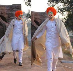 Gur Punjabi Kurta Pajama Men, Kurta Men, Punjabi Dress, Asian Men Fashion, Mens Fashion Suits, Blazer Outfits Men, Male Outfits, Pathani Kurta, Boys Kurta Design