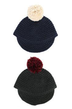 Stylenanda 毛球拼接骑士针织骑马帽毛球拼接骑士针织骑马帽 - 毛球拼接 - 针织材质 - 时尚单品仅2种颜色,喜欢的MM们值得拥有哦^^