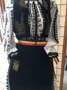 Folk, Costumes, Traditional, Dress Up Clothes, Forks, Costume, Folk Music, Fancy Dress, Suits