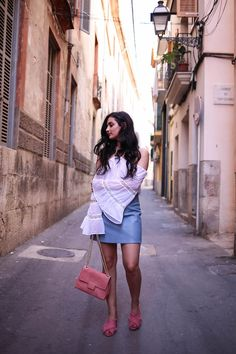 baby-blue-skirt-lace-off-shoulder-top-merna-mariella-fashionblog-germany-blogger-munich-travel