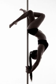 Ideas For Fitness Inspiration Photography Pole Dancing Pole Dance Fitness, Pole Dance Moves, Figure Pole Dance, Pool Dance, Pole Dancing, Aerial Dance, Aerial Hoop, Yoga Inspiration, Fitness Inspiration