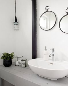 Scandinavian design mingles withe industrial style