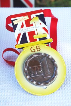 Michton Ltd - Olympic chocolate: Winning chocolate medals for the 2012 games! Chocolate Medals, Luxury Chocolate, Quick Quotes, Chocolate Factory, Sports Gifts, Business Gifts, Delicious Chocolate, Confectionery, Corporate Gifts