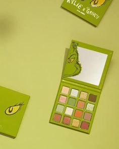 The Grinch Palette launches 11.19 💚