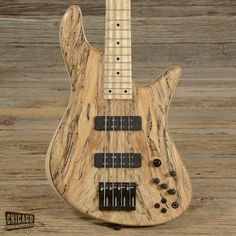 Fodera Emperor Deluxe Bass USED (s350)