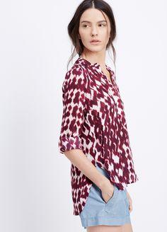 Discover the print of the season in flowy, feminine silk