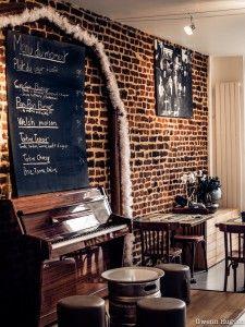 L'Ilot Bar, un nouveau bar très convivial | Les Cachotteries de Lille France, Baby Born, Travel