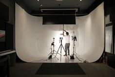 Rental: Photo/Video Studio with Cyclorama & Equipment