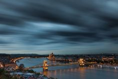 BP bluehour - Pinned by Mak Khalaf City and Architecture skycitysunsetstreetwaterrivertravelbluenightsunlightcloudseuropeurbanarchitecturecityscapebridgesummerbuildingcanonbudapesthungarylongexposuretripodnd1000nightphotographychainbridgelongexpo by kelemenbali99