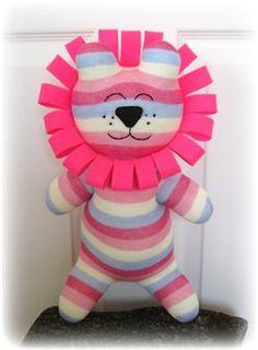 Sock Lion...Such a cute idea! ;)