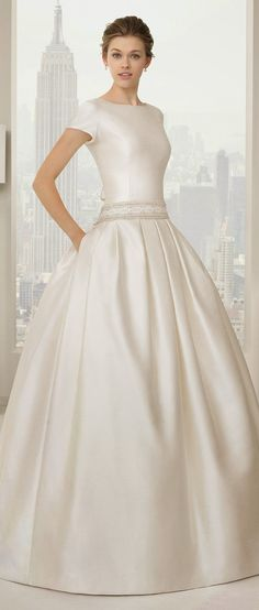 Rosa Clara 2015 Bridal Collection - Part 2 - Belle The Magazine Modest Wedding Dresses, Bridal Dresses, Nice Dresses, Wedding Gowns, Wedding Bride, Amazing Dresses, Wedding Blog, Wedding Mandap, Wedding Ideas