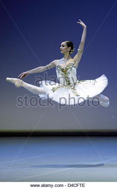Polina Semionova, Moscow-born first solo dancer at Berlin's State Ballet performs during a rehearsal of 'Glories - Stock Image