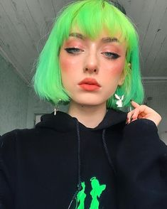 Aesthetic Hair, Aesthetic Makeup, Dye My Hair, New Hair, Hair Inspo, Hair Inspiration, Grunge Hair, Girls Makeup, Green Hair