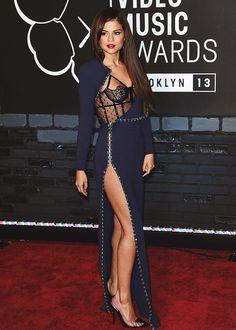 Vestido Selena Gomez Vestidos Femeninos Creme Curto com o